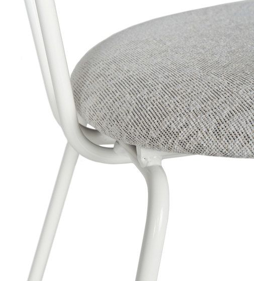 https://res.cloudinary.com/clippings/image/upload/t_big/dpr_auto,f_auto,w_auto/v1/product_bases/wh-gispen-103-chair-by-lensvelt-lensvelt-wilhelm-h-gispen-clippings-1895192.jpg