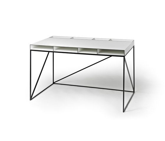 https://res.cloudinary.com/clippings/image/upload/t_big/dpr_auto,f_auto,w_auto/v1/product_bases/wogg-caro-writing-table-by-wogg-wogg-christophe-marchand-clippings-3359632.jpg