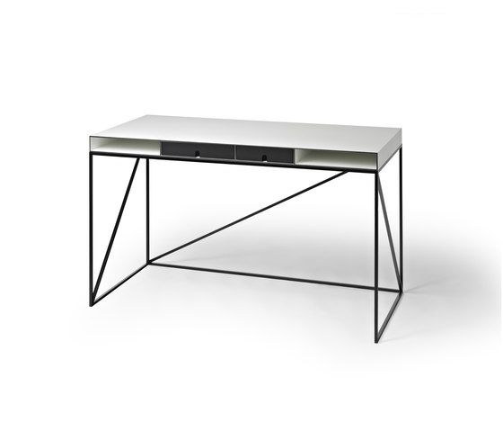 https://res.cloudinary.com/clippings/image/upload/t_big/dpr_auto,f_auto,w_auto/v1/product_bases/wogg-caro-writing-table-by-wogg-wogg-christophe-marchand-clippings-3359682.jpg