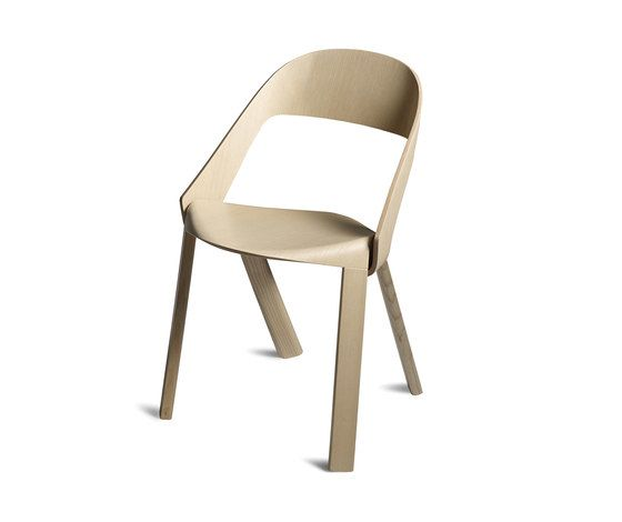 https://res.cloudinary.com/clippings/image/upload/t_big/dpr_auto,f_auto,w_auto/v1/product_bases/wogg-roya-stackable-chair-by-wogg-wogg-jorg-boner-clippings-1974152.jpg