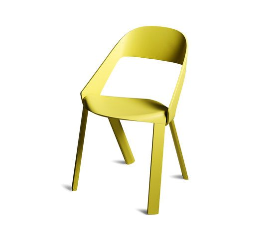 https://res.cloudinary.com/clippings/image/upload/t_big/dpr_auto,f_auto,w_auto/v1/product_bases/wogg-roya-stackable-chair-by-wogg-wogg-jorg-boner-clippings-1974242.jpg