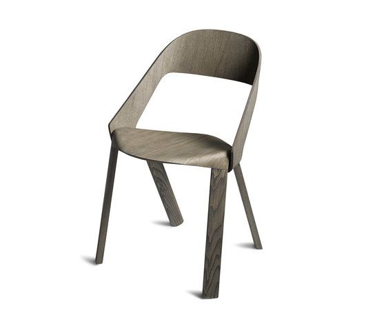 https://res.cloudinary.com/clippings/image/upload/t_big/dpr_auto,f_auto,w_auto/v1/product_bases/wogg-roya-stackable-chair-by-wogg-wogg-jorg-boner-clippings-1974262.jpg