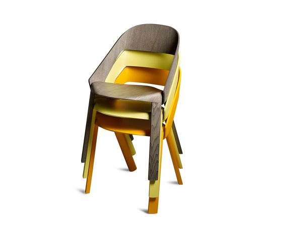 https://res.cloudinary.com/clippings/image/upload/t_big/dpr_auto,f_auto,w_auto/v1/product_bases/wogg-roya-stackable-chair-by-wogg-wogg-jorg-boner-clippings-1974282.jpg