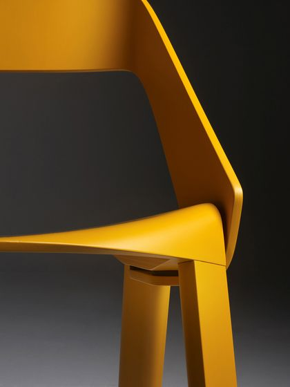 https://res.cloudinary.com/clippings/image/upload/t_big/dpr_auto,f_auto,w_auto/v1/product_bases/wogg-roya-stackable-chair-by-wogg-wogg-jorg-boner-clippings-1974292.jpg
