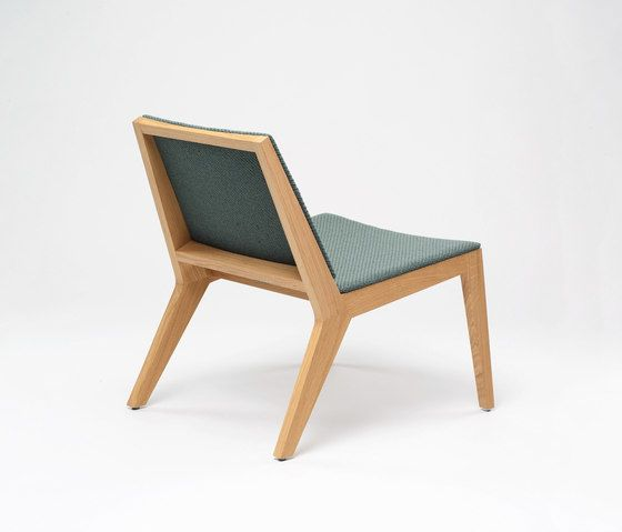 https://res.cloudinary.com/clippings/image/upload/t_big/dpr_auto,f_auto,w_auto/v1/product_bases/wood-me-lounger-by-de-vorm-de-vorm-clippings-4677912.jpg