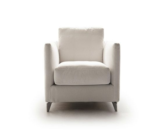 https://res.cloudinary.com/clippings/image/upload/t_big/dpr_auto,f_auto,w_auto/v1/product_bases/zone-960-poltrona-armchair-by-vibieffe-vibieffe-gianluigi-landoni-clippings-5741762.jpg