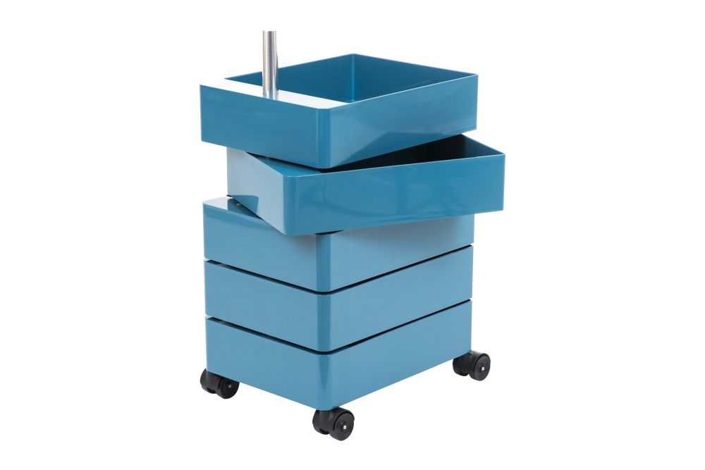 https://res.cloudinary.com/clippings/image/upload/t_big/dpr_auto,f_auto,w_auto/v1/products/360-drawer-blue-5-drawers-magis-konstantin-grcic-clippings-11480179.jpg