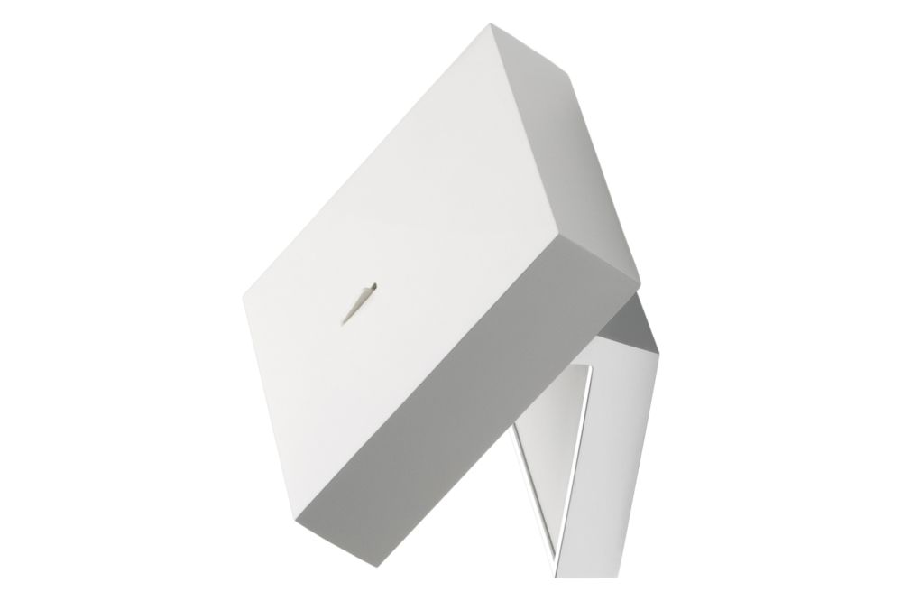 https://res.cloudinary.com/clippings/image/upload/t_big/dpr_auto,f_auto,w_auto/v1/products/alpha-7940-7942-wall-light-white-white-yes-vibia-ramos-bassols-clippings-11447026.jpg