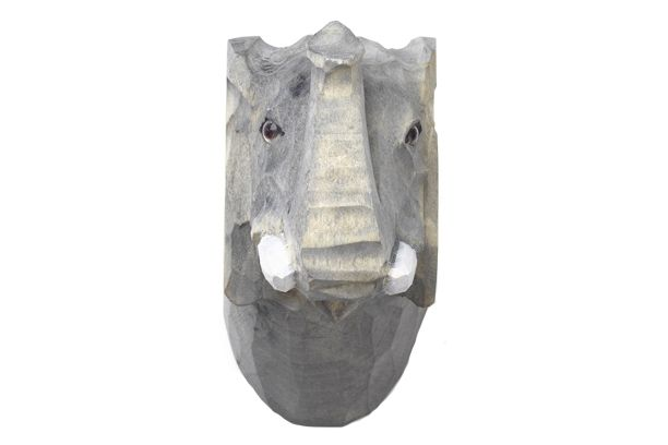 https://res.cloudinary.com/clippings/image/upload/t_big/dpr_auto,f_auto,w_auto/v1/products/animal-hand-carved-hook-elephant-ferm-living-ferm-living-clippings-11483863.jpg