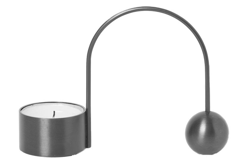 https://res.cloudinary.com/clippings/image/upload/t_big/dpr_auto,f_auto,w_auto/v1/products/balance-tealight-holder-black-brass-ferm-living-ferm-living-clippings-11481854.jpg