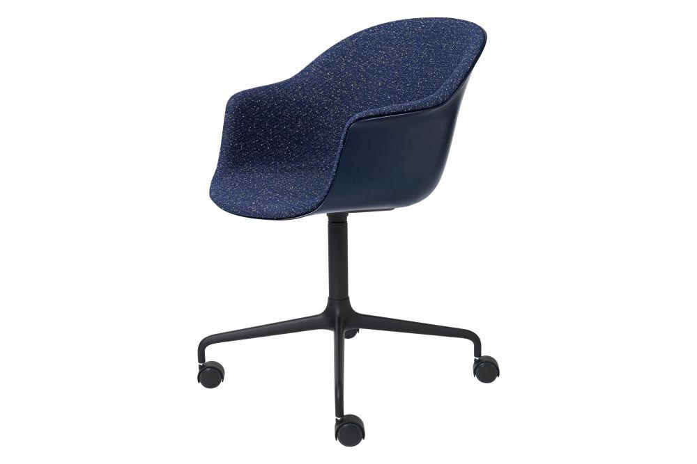 Bat Meeting Chair - Front Upholstered, 4-star w. castors by Gubi