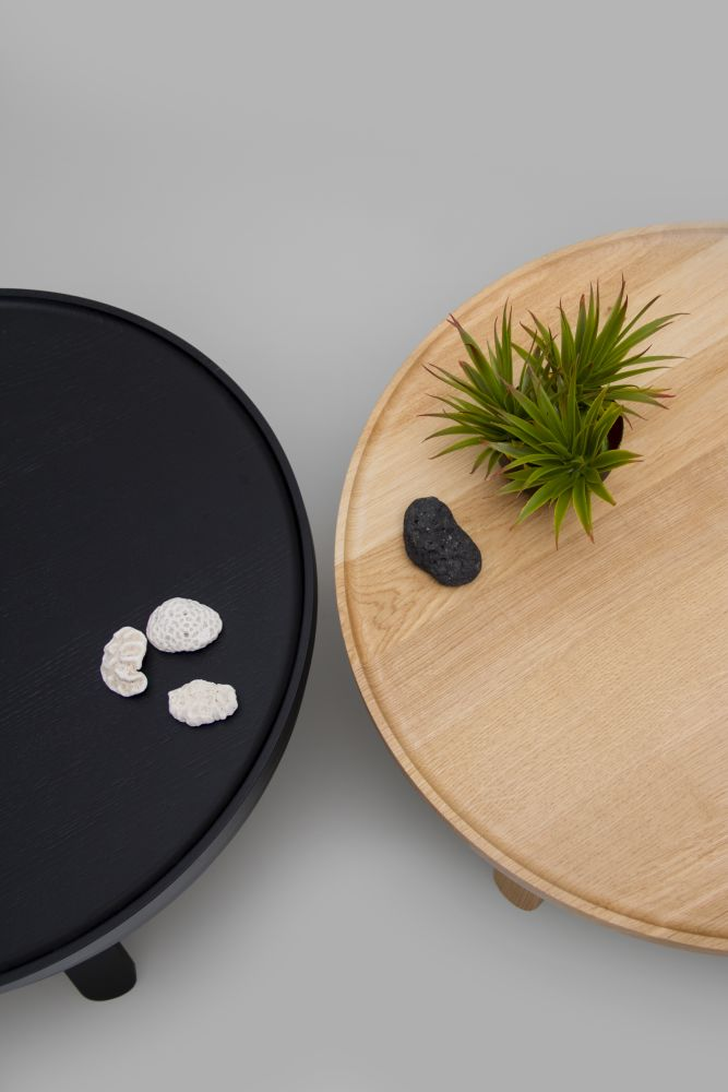 https://res.cloudinary.com/clippings/image/upload/t_big/dpr_auto,f_auto,w_auto/v1/products/batea-m-coffee-table-with-storage-woodendot-mar%C3%ADa-vargas-daniel-garc%C3%ADa-clippings-8621271.jpg