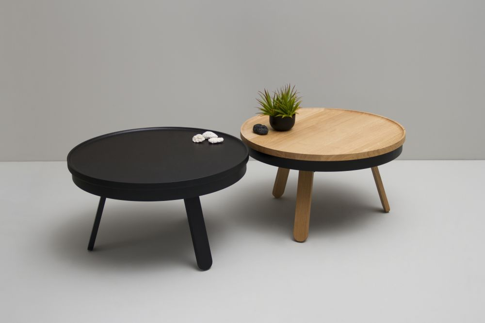 https://res.cloudinary.com/clippings/image/upload/t_big/dpr_auto,f_auto,w_auto/v1/products/batea-m-coffee-table-with-storage-woodendot-mar%C3%ADa-vargas-daniel-garc%C3%ADa-clippings-8621301.jpg