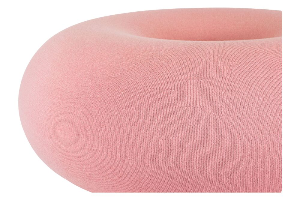 https://res.cloudinary.com/clippings/image/upload/t_big/dpr_auto,f_auto,w_auto/v1/products/boa-pouf-cotton-candy-hem-sabine-marcelis-clippings-11530990.jpg