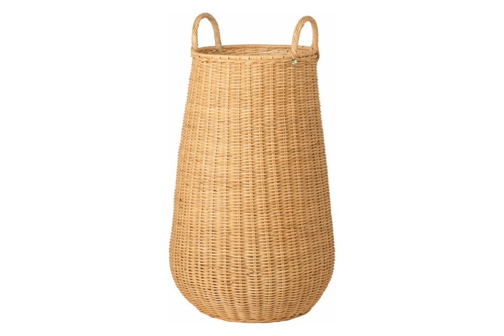 https://res.cloudinary.com/clippings/image/upload/t_big/dpr_auto,f_auto,w_auto/v1/products/braided-laundry-basket-natural-ferm-living-ferm-living-clippings-11483984.jpg