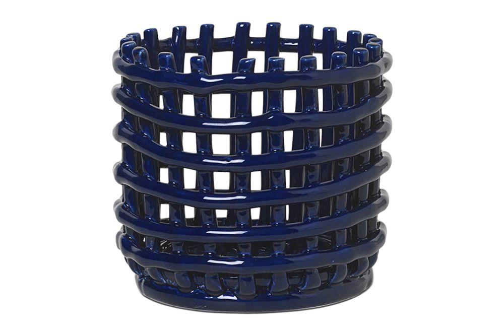 https://res.cloudinary.com/clippings/image/upload/t_big/dpr_auto,f_auto,w_auto/v1/products/ceramic-basket-blue-ferm-living-ferm-living-clippings-11506344.jpg
