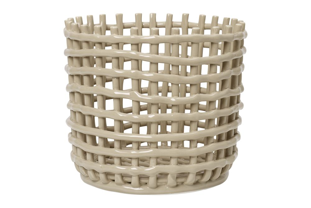 https://res.cloudinary.com/clippings/image/upload/t_big/dpr_auto,f_auto,w_auto/v1/products/ceramic-basket-cashmere-ferm-living-ferm-living-clippings-11506348.jpg