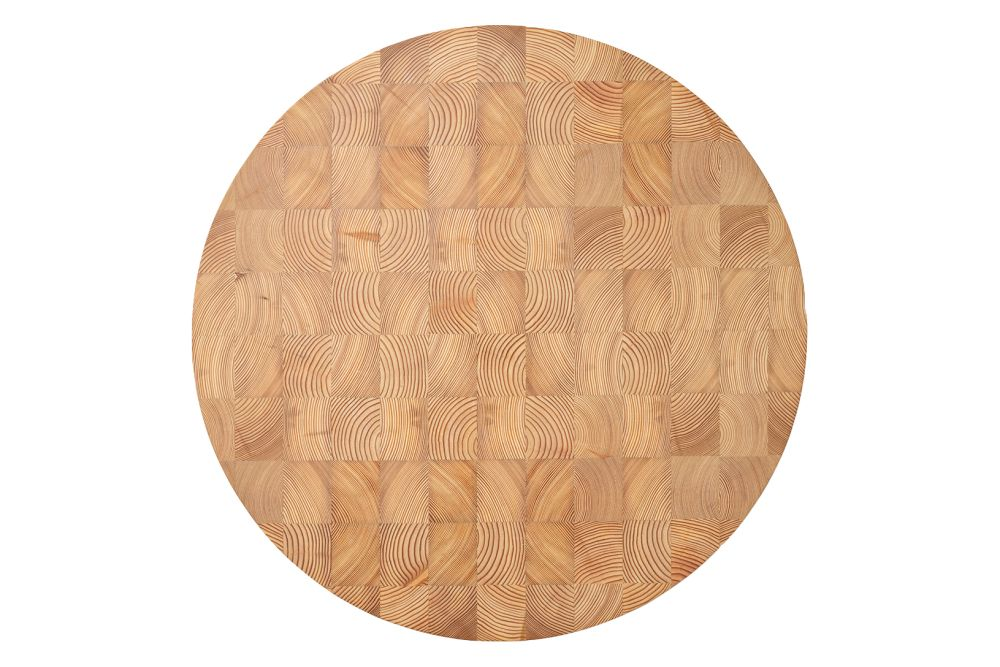 https://res.cloudinary.com/clippings/image/upload/t_big/dpr_auto,f_auto,w_auto/v1/products/chess-cutting-board-round-large-ferm-living-ferm-living-clippings-11483212.jpg