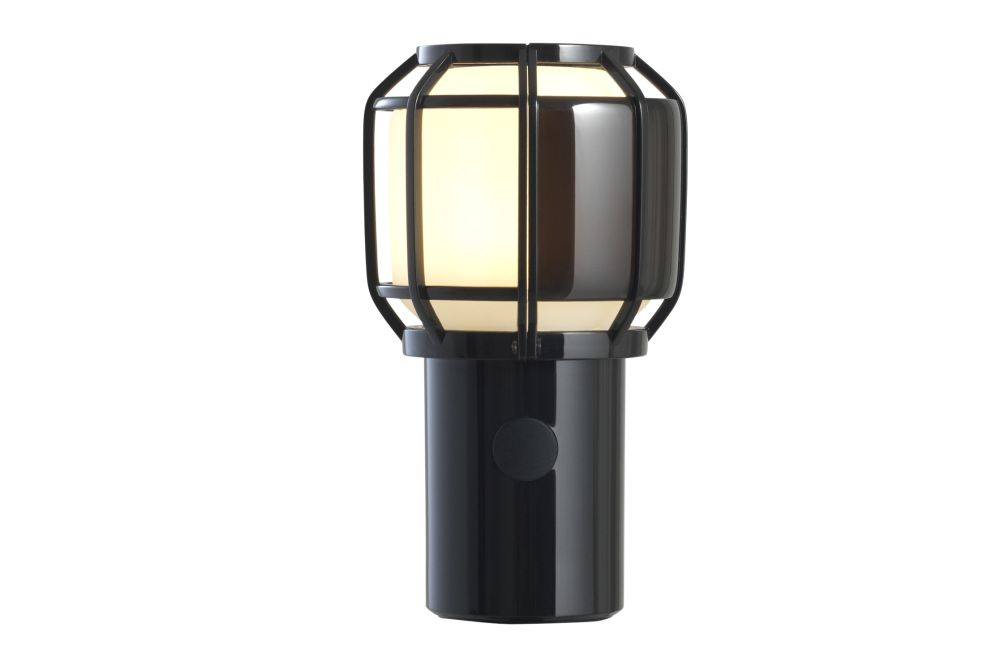 https://res.cloudinary.com/clippings/image/upload/t_big/dpr_auto,f_auto,w_auto/v1/products/chispa-portable-table-lamp-black-marset-joan-gaspar-clippings-11516113.jpg