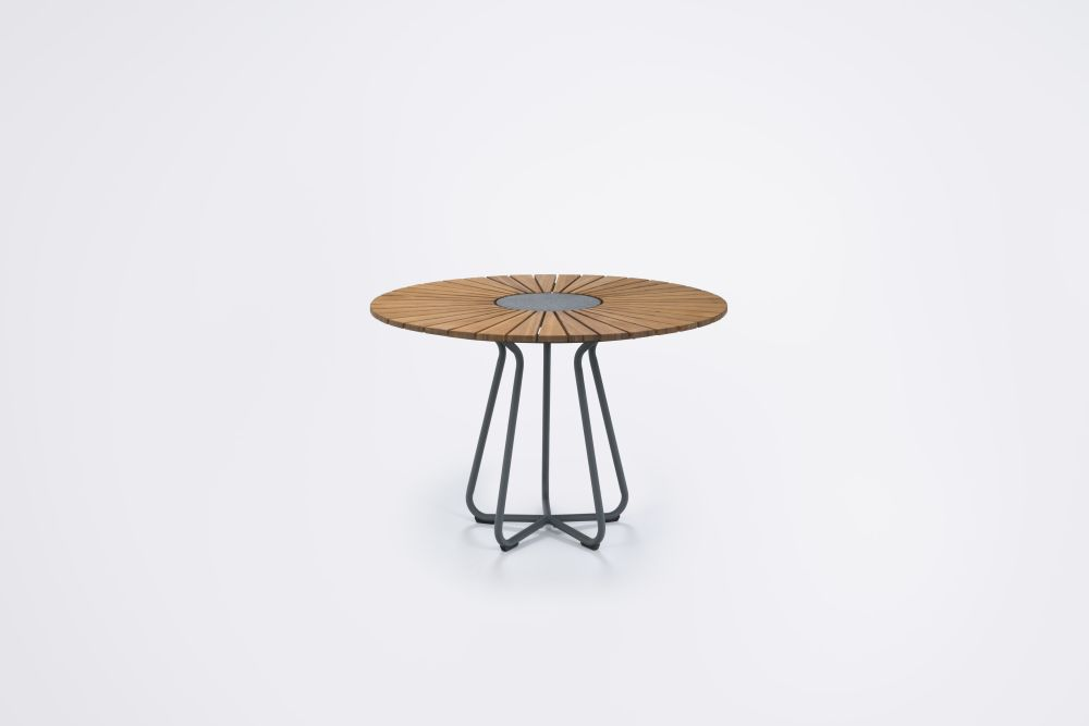 https://res.cloudinary.com/clippings/image/upload/t_big/dpr_auto,f_auto,w_auto/v1/products/circle-dining-table-110cm-houe-henrik-pedersen-clippings-11494415.jpg