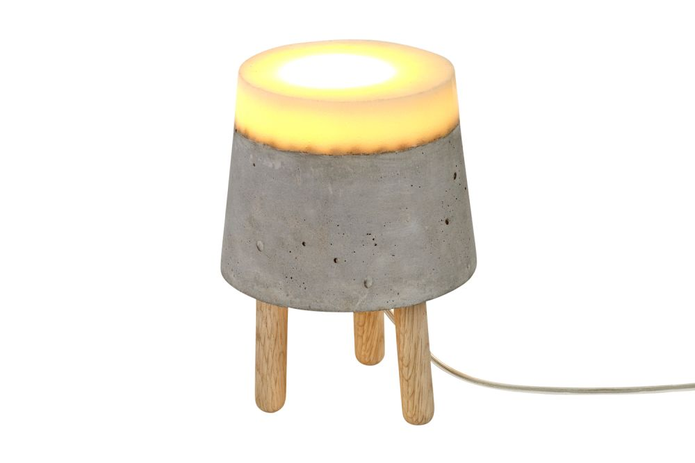 https://res.cloudinary.com/clippings/image/upload/t_big/dpr_auto,f_auto,w_auto/v1/products/concrete-table-lamp-renate-vos-renate-vos-clippings-1163481.jpg
