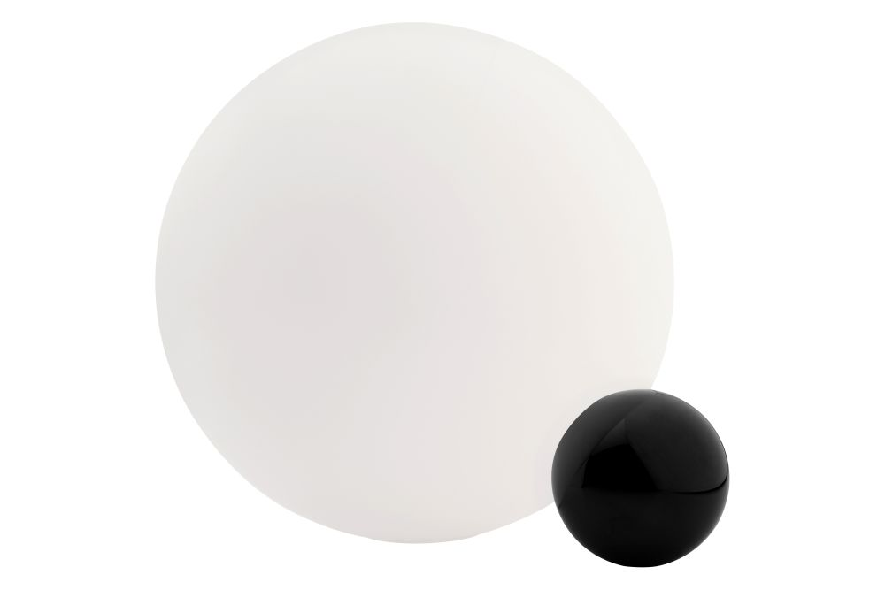 https://res.cloudinary.com/clippings/image/upload/t_big/dpr_auto,f_auto,w_auto/v1/products/copycat-table-lamp-flos-michael-anastassiades-clippings-1283021.jpg