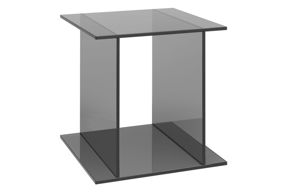 https://res.cloudinary.com/clippings/image/upload/t_big/dpr_auto,f_auto,w_auto/v1/products/ct07-drei-side-table-e15-philipp-mainzer-clippings-1394711.jpg