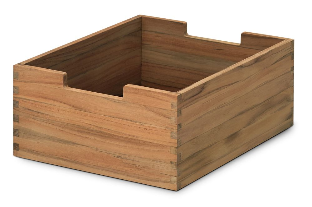 https://res.cloudinary.com/clippings/image/upload/t_big/dpr_auto,f_auto,w_auto/v1/products/cutter-box-teak-small-skagerak-niels-hvass-clippings-11288911.jpg