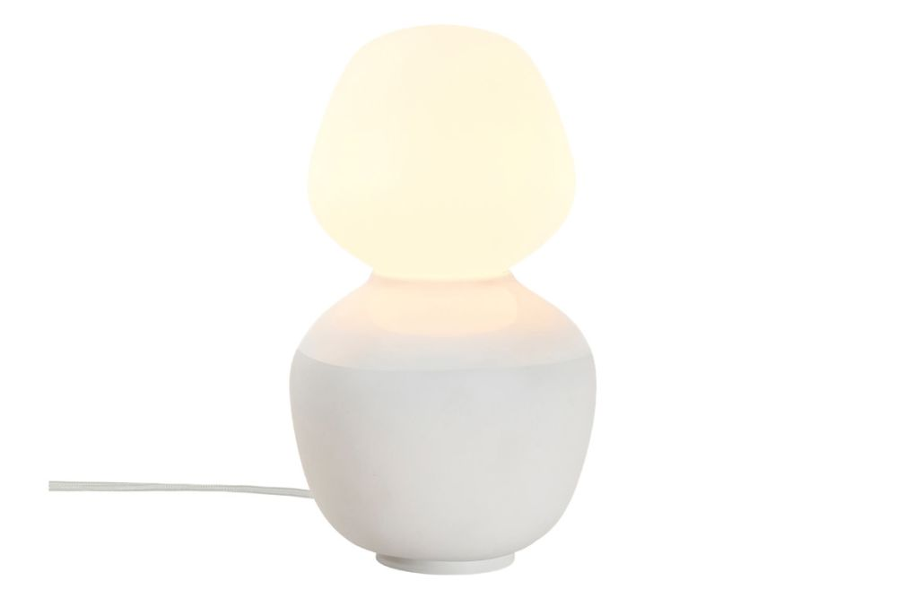 https://res.cloudinary.com/clippings/image/upload/t_big/dpr_auto,f_auto,w_auto/v1/products/david-weeks-reflection-enno-table-lamp-tala-david-weeks-clippings-11534049.jpg