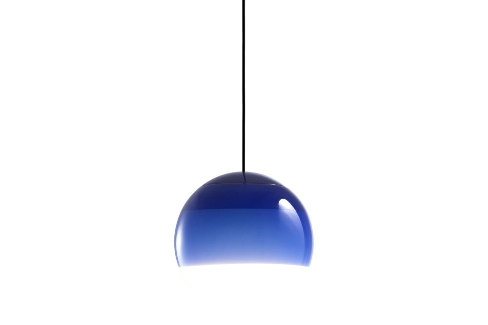 https://res.cloudinary.com/clippings/image/upload/t_big/dpr_auto,f_auto,w_auto/v1/products/dipping-pendant-light-135-glass-blue-marset-jordi-canudas-clippings-11531139.jpg