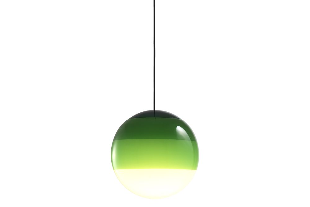 https://res.cloudinary.com/clippings/image/upload/t_big/dpr_auto,f_auto,w_auto/v1/products/dipping-pendant-light-135-glass-green-marset-jordi-canudas-clippings-11531140.jpg