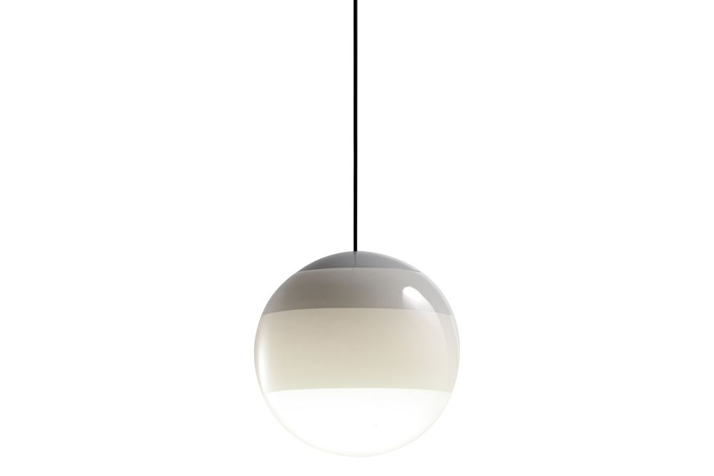 https://res.cloudinary.com/clippings/image/upload/t_big/dpr_auto,f_auto,w_auto/v1/products/dipping-pendant-light-135-glass-white-marset-jordi-canudas-clippings-11531138.jpg
