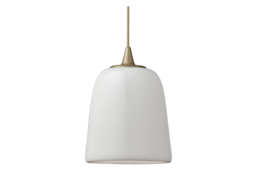https://res.cloudinary.com/clippings/image/upload/t_big/dpr_auto,f_auto,w_auto/v1/products/dogu-pendant-light-gold-fritz-hansen-michael-geertsen-clippings-11323994.jpg