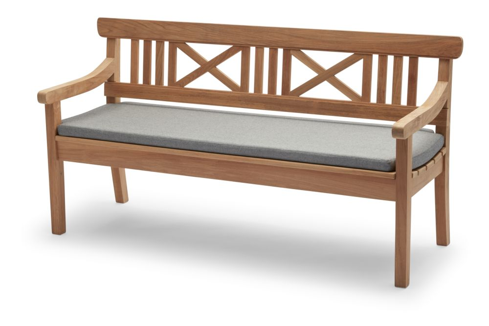 https://res.cloudinary.com/clippings/image/upload/t_big/dpr_auto,f_auto,w_auto/v1/products/drachmann-bench-with-cushion-teak-165-ash-skagerak-bernt-santesson-clippings-11300590.jpg