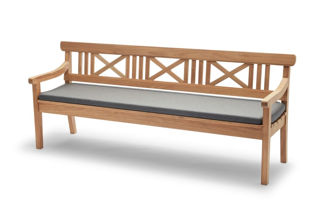 https://res.cloudinary.com/clippings/image/upload/t_big/dpr_auto,f_auto,w_auto/v1/products/drachmann-bench-with-cushion-teak-200-charcoal-skagerak-bernt-santesson-clippings-11300595.jpg