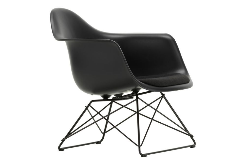 https://res.cloudinary.com/clippings/image/upload/t_big/dpr_auto,f_auto,w_auto/v1/products/eames-lar-plastic-armchair-seat-upholstered-fabric-f60-plastic-shell-30-basic-dark-powder-coated-smooth-vitra-charles-ray-eames-clippings-11414314.jpg