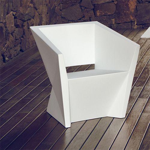 Faz Armchair  72 x 65 x 72 cm by Vondom