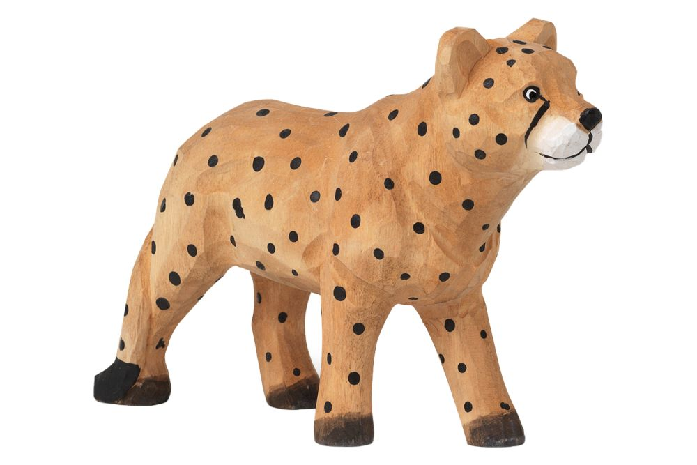 https://res.cloudinary.com/clippings/image/upload/t_big/dpr_auto,f_auto,w_auto/v1/products/hand-carved-animal-cheetah-ferm-living-ferm-living-clippings-11483854.jpg