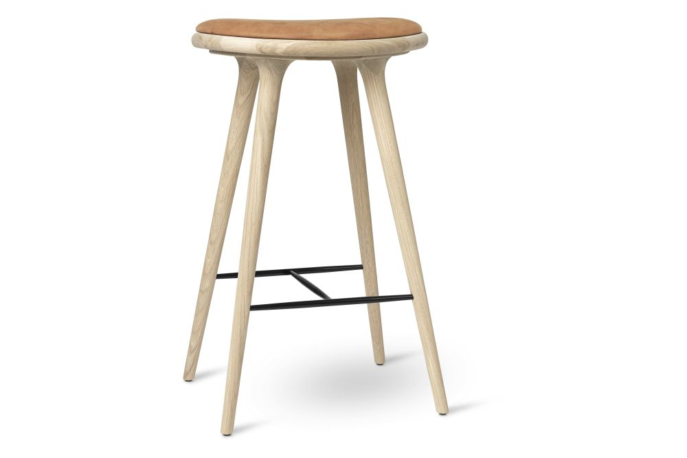 https://res.cloudinary.com/clippings/image/upload/t_big/dpr_auto,f_auto,w_auto/v1/products/high-stool-natural-soaped-solid-oak-cognac-74h-mater-space-copenhagen-clippings-11314142.jpg