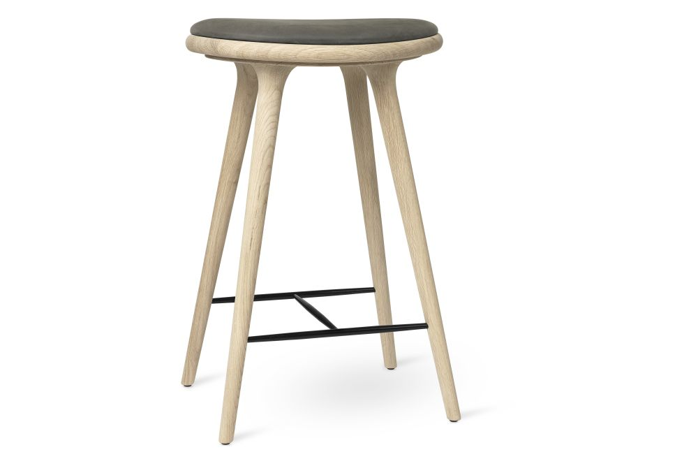 https://res.cloudinary.com/clippings/image/upload/t_big/dpr_auto,f_auto,w_auto/v1/products/high-stool-natural-soaped-solid-oak-grey-69h-mater-space-copenhagen-clippings-11314208.jpg