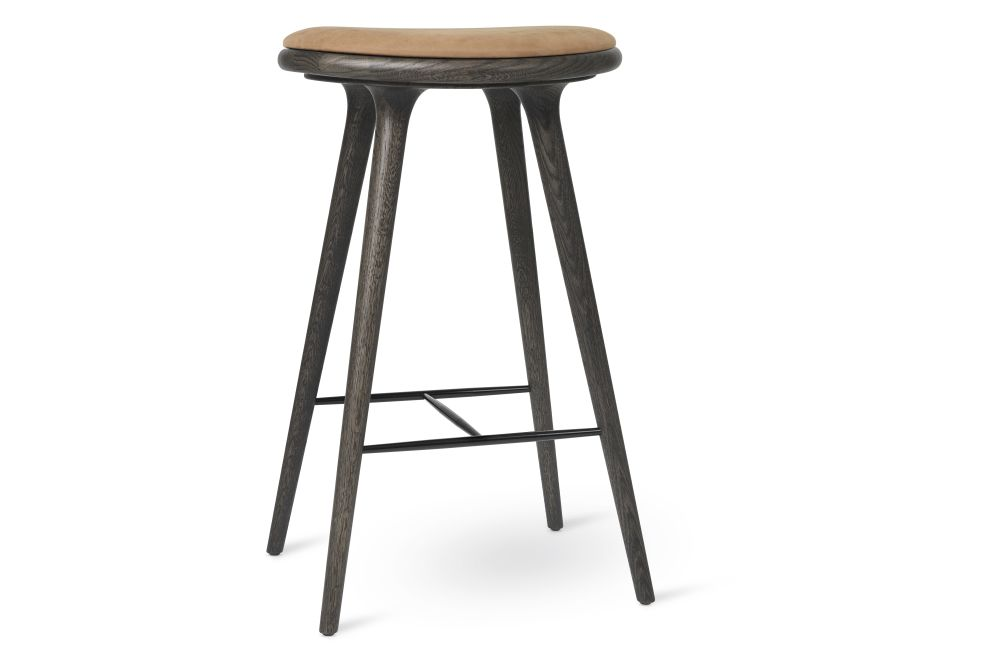 https://res.cloudinary.com/clippings/image/upload/t_big/dpr_auto,f_auto,w_auto/v1/products/high-stool-sirka-grey-stained-solid-oak-camel-74h-mater-space-copenhagen-clippings-11314149.jpg