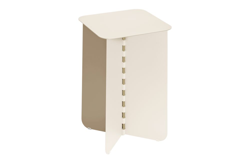 https://res.cloudinary.com/clippings/image/upload/t_big/dpr_auto,f_auto,w_auto/v1/products/hinge-side-table-creme-small-puik-lex-pott-clippings-11492600.jpg