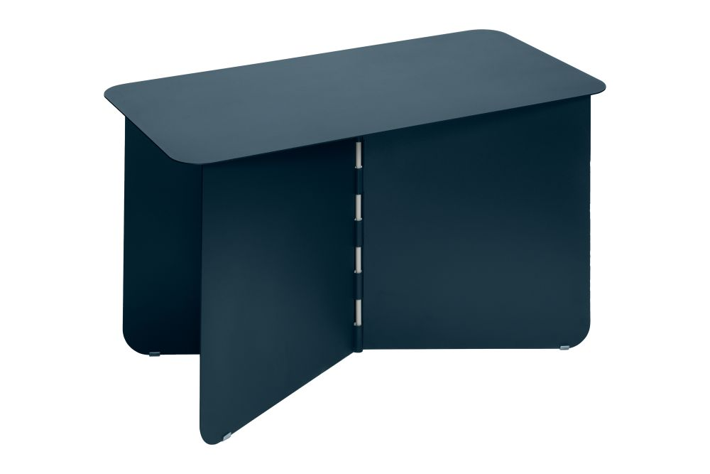 https://res.cloudinary.com/clippings/image/upload/t_big/dpr_auto,f_auto,w_auto/v1/products/hinge-side-table-darkblue-large-puik-lex-pott-clippings-11492621.jpg