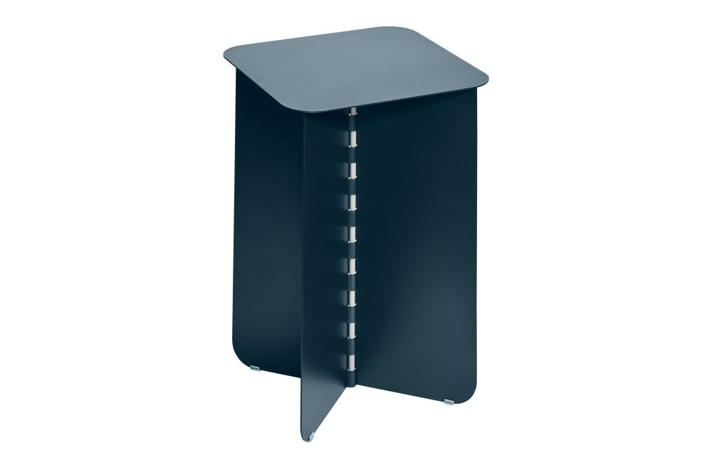https://res.cloudinary.com/clippings/image/upload/t_big/dpr_auto,f_auto,w_auto/v1/products/hinge-side-table-darkblue-small-puik-lex-pott-clippings-11492604.jpg