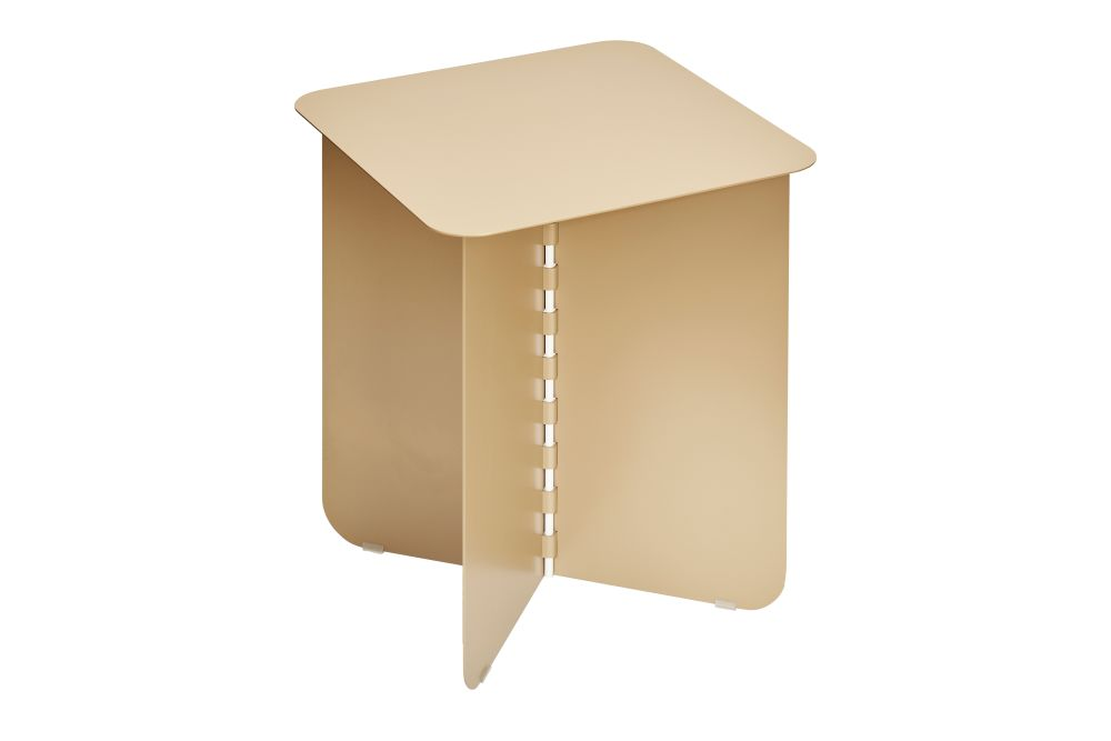 https://res.cloudinary.com/clippings/image/upload/t_big/dpr_auto,f_auto,w_auto/v1/products/hinge-side-table-gold-medium-puik-lex-pott-clippings-11492606.jpg
