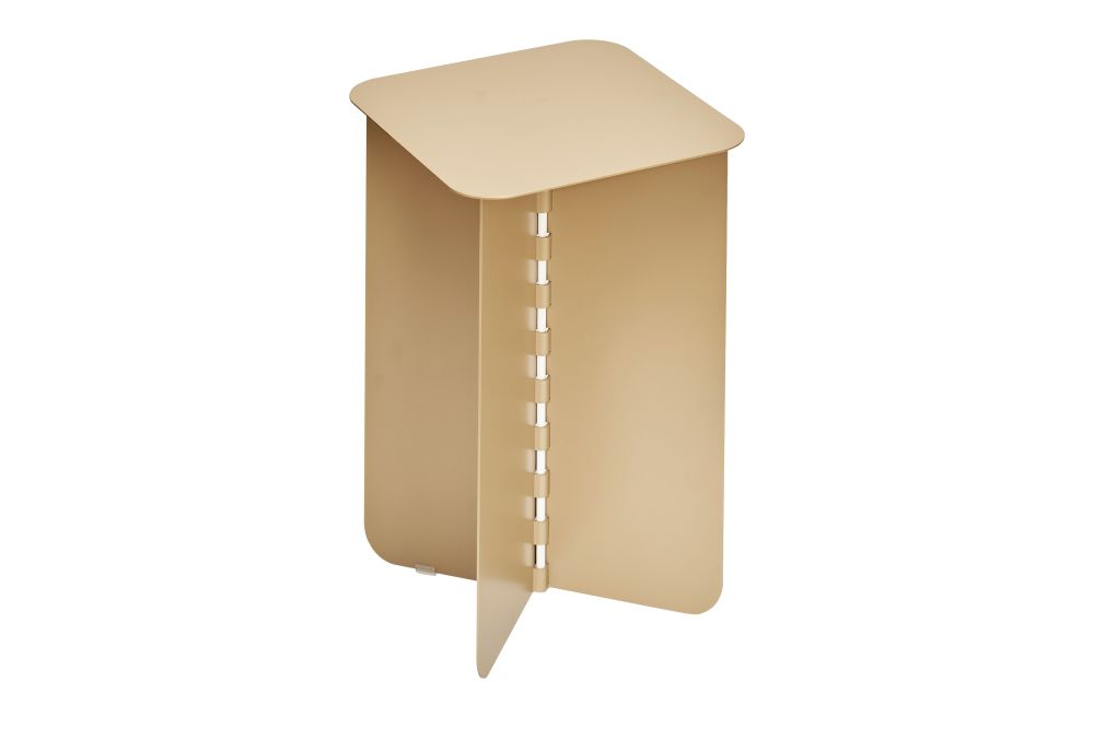 https://res.cloudinary.com/clippings/image/upload/t_big/dpr_auto,f_auto,w_auto/v1/products/hinge-side-table-gold-small-puik-lex-pott-clippings-11492598.jpg
