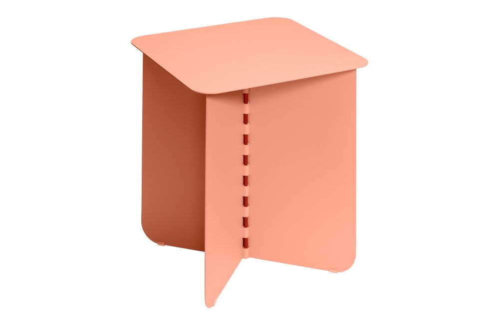 https://res.cloudinary.com/clippings/image/upload/t_big/dpr_auto,f_auto,w_auto/v1/products/hinge-side-table-pink-medium-puik-lex-pott-clippings-11492611.jpg