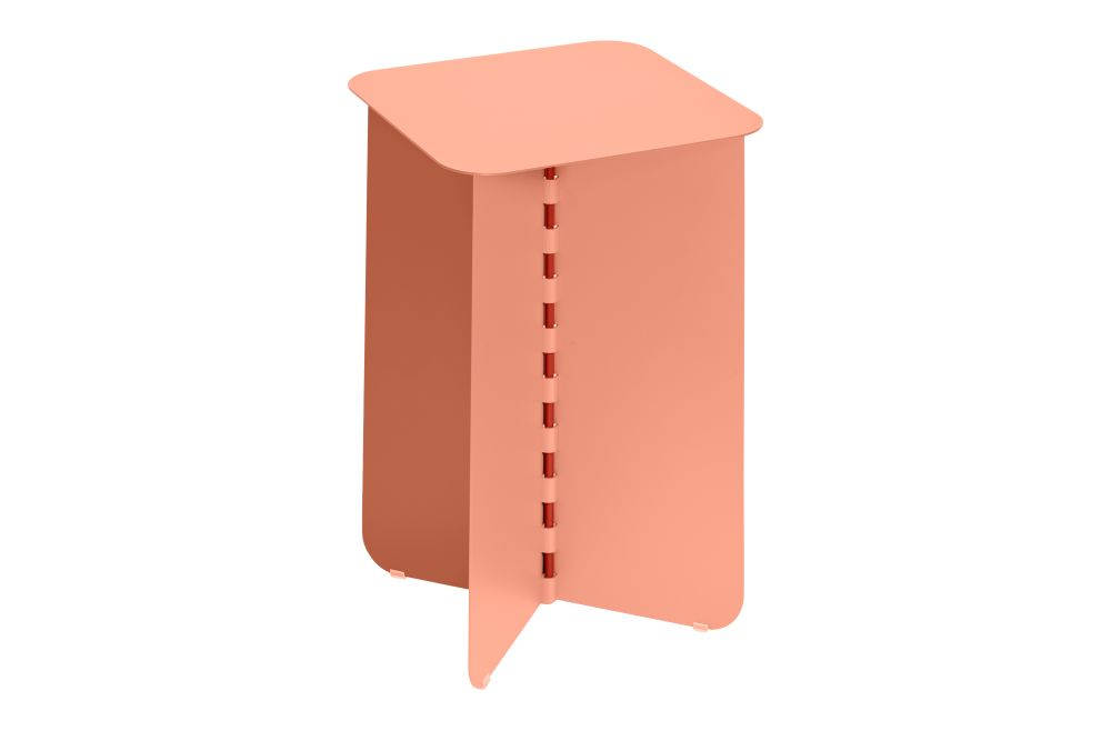 https://res.cloudinary.com/clippings/image/upload/t_big/dpr_auto,f_auto,w_auto/v1/products/hinge-side-table-pink-small-puik-lex-pott-clippings-11492602.jpg