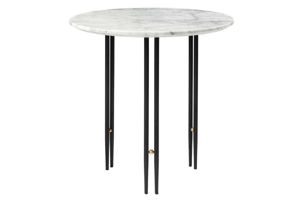 https://res.cloudinary.com/clippings/image/upload/t_big/dpr_auto,f_auto,w_auto/v1/products/ioi-round-coffee-table-%C3%B850-black-semi-matt-base-brass-sphere-white-carrara-marble-gubi-gamfratesi-clippings-11421620.jpg