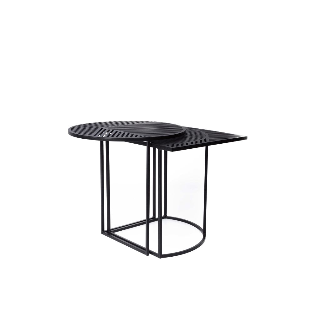https://res.cloudinary.com/clippings/image/upload/t_big/dpr_auto,f_auto,w_auto/v1/products/iso-a-round-side-table-petite-friture-pool-clippings-1499281.jpg